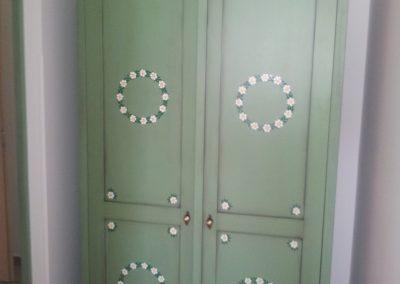 Zelená skříň